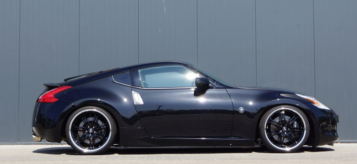 black bullet mit 368 ps nissan 370z von senner tuning. Black Bedroom Furniture Sets. Home Design Ideas