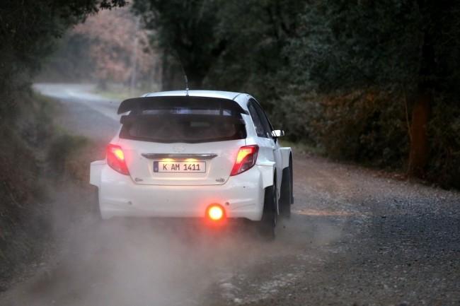 Toyota Yaris WRC - Bild 002