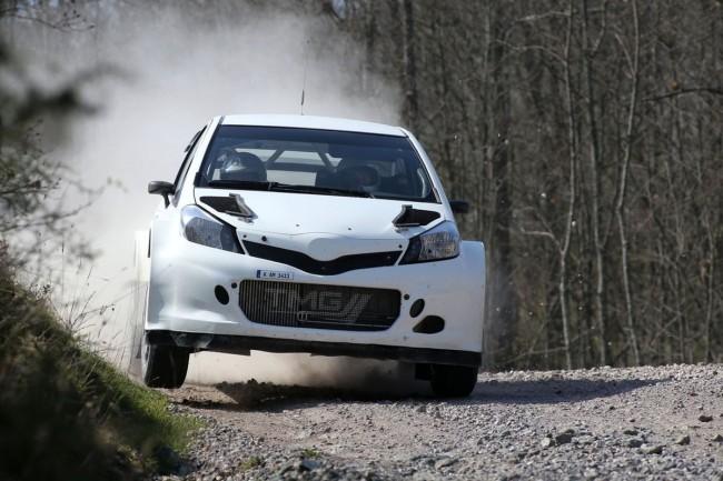 Toyota Yaris WRC - Bild 003