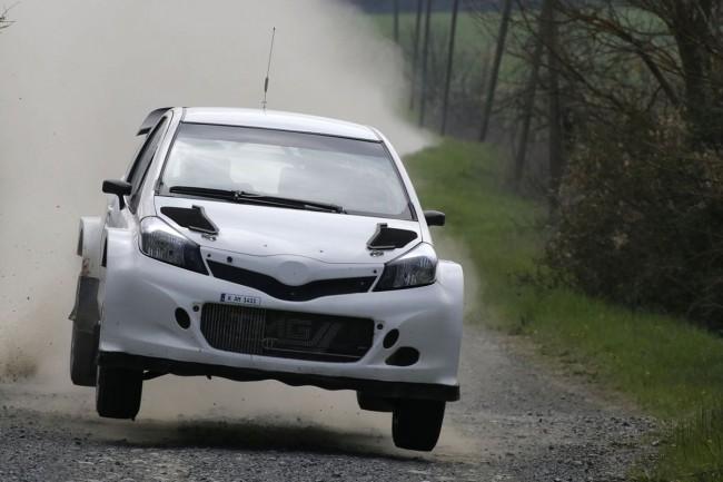 Toyota Yaris WRC - Bild 004