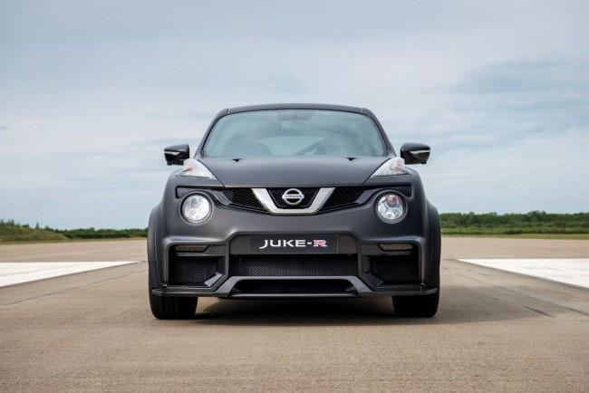 Nissan Juke-R 2.0 - Bild 001