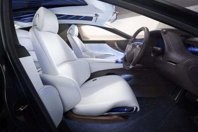 Lexus-LF-FC-Concept-Bild-07
