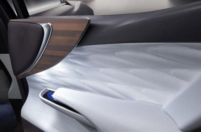 Lexus-LF-FC-Concept-Bild-13