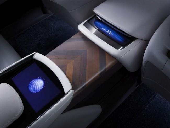 Lexus-LF-FC-Concept-Bild-14