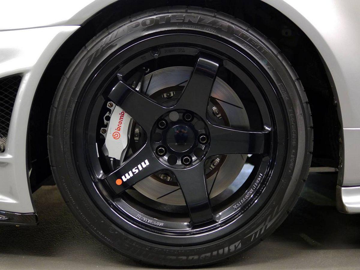 Nissan-Skyline-GT-R-R34-Nismo-Z-Tune-04