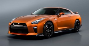 Nissan-GT-R-2017-Feature