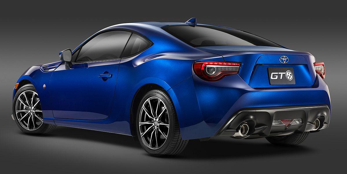 Toyota-GT86-2017-2