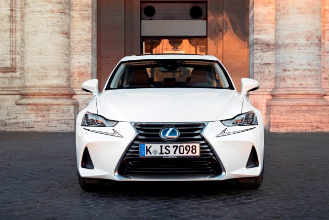 Vorstellung Lexus IS Facelift 2017
