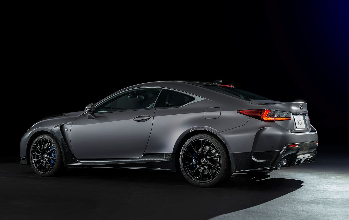 2017 RC F limited edition-02